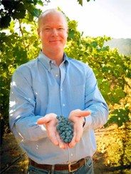 It is his experience that is the driving force behind the quality of Kirk Venge's wines.